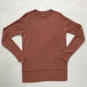 Lou & Grey Long Sleeve Thin Sweater
